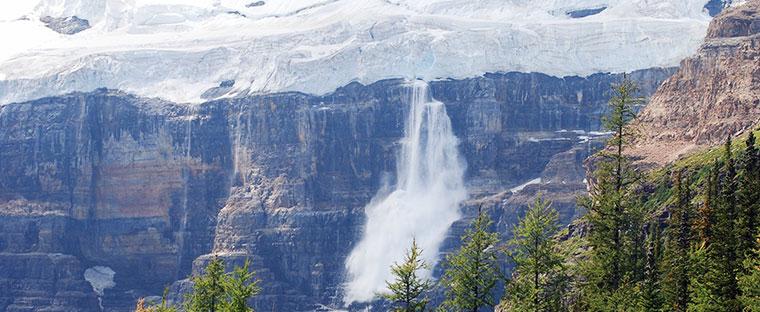 icefall off the Upper Victoria Glacier